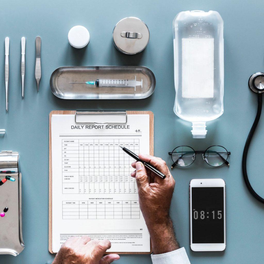 אפשר גם אחרת: טיפולים מחליפי ניתוח - סוכן ביטוח בריאות טד בר
