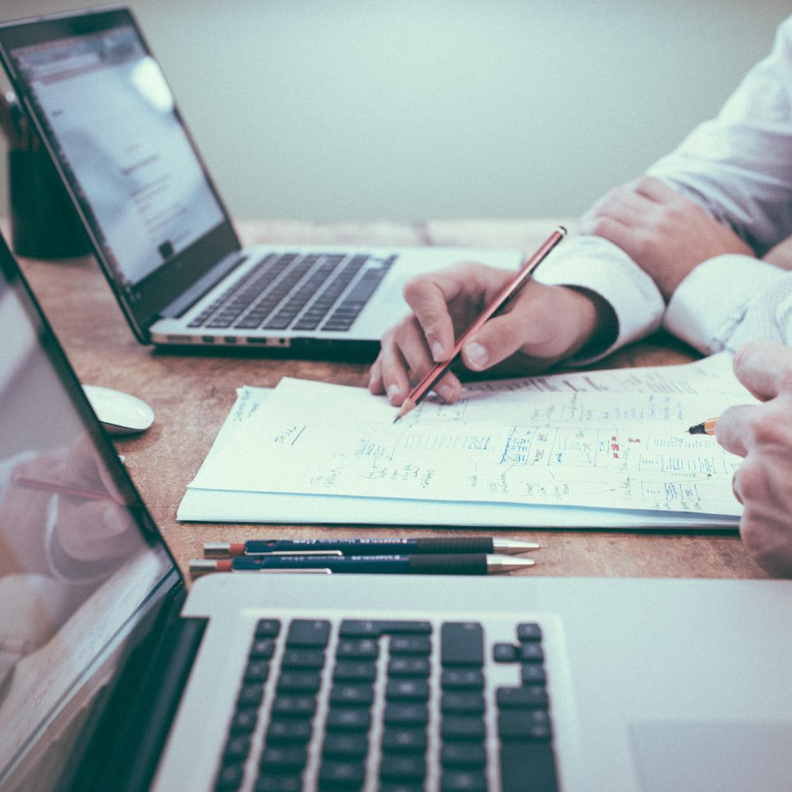 מה צריך לבחון לפני שנותנים לחברת ניהול לנהל את כספנו? סוכן ביטוח אבדן כושר עבודה טד בר