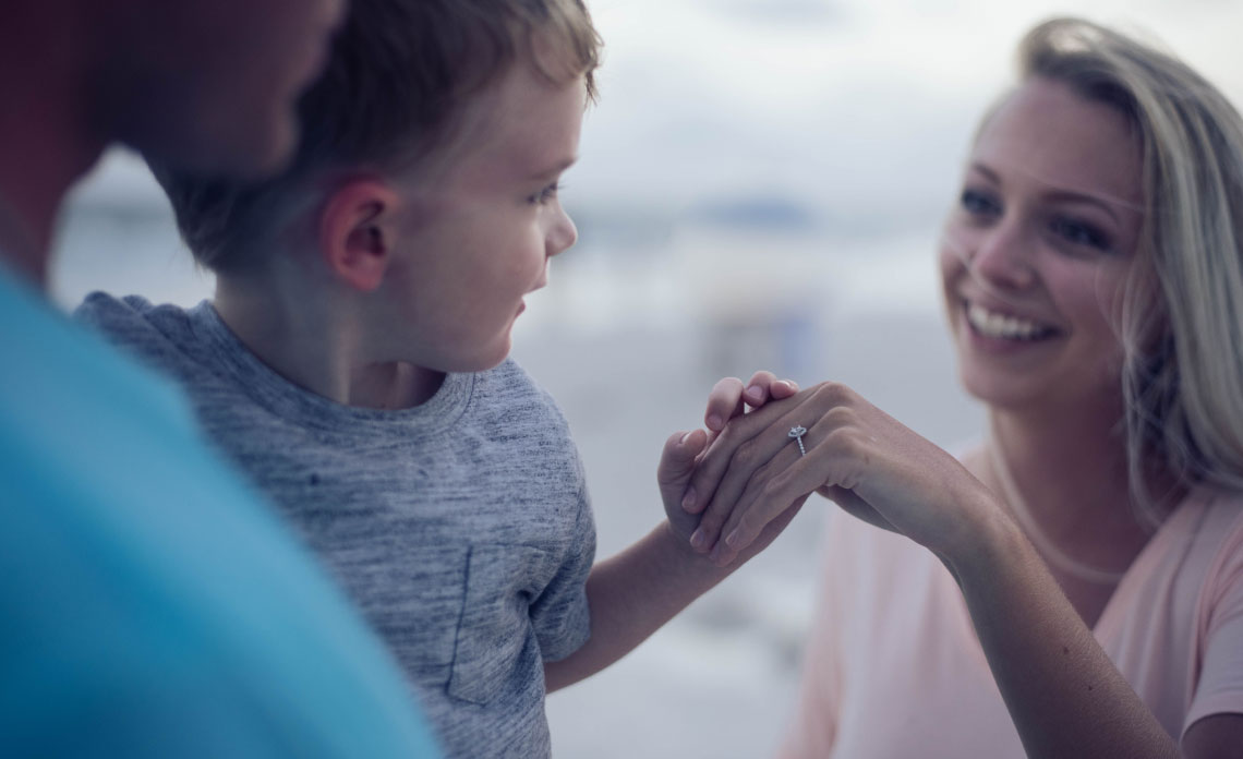 פוליסה סיעודי משפחתית - סוכן ביטוח סיעודי טד בר